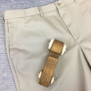 Haggar work to weekend khaki pant